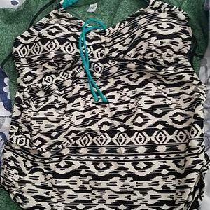 Motherhood maternity swim top and skirt medium